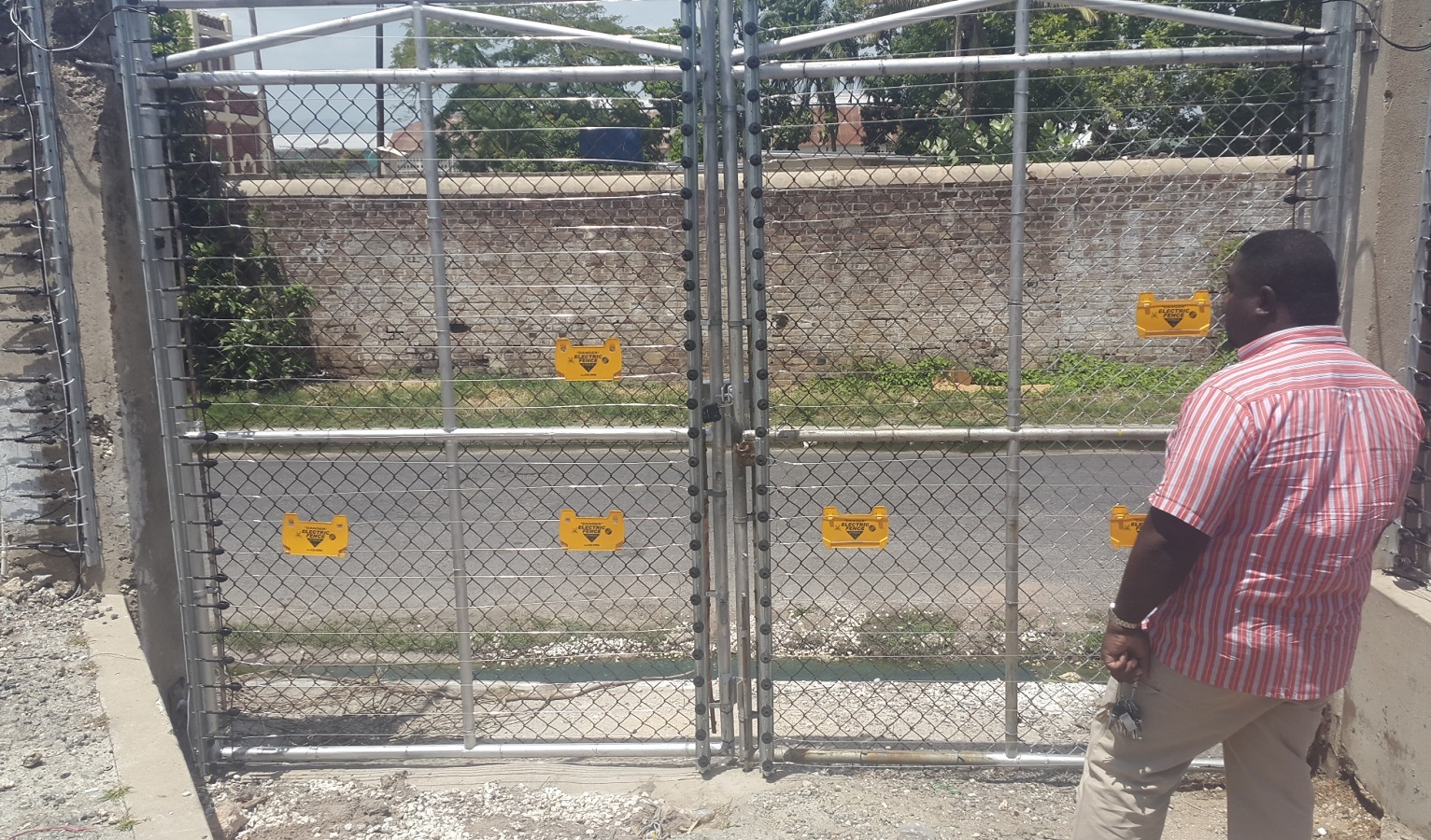 Electric_Fence02
